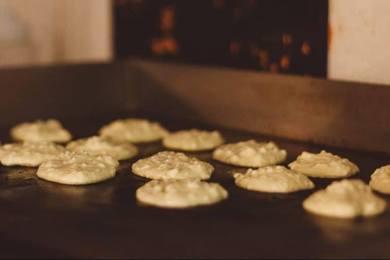 Zeesih Kaese Latkes — Ashkenazi Sweet Cheese Pancakes